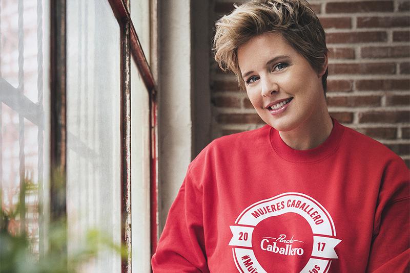 Mujeres Caballero:  Tania Llasera
