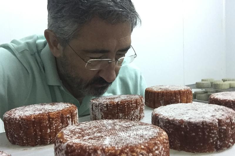 Joaquín Manchado: del plató de cine a hacer quesos